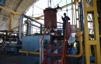 Unloading of the crucible from the pyrolysis furnace