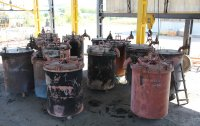 Pyrolysis crucibles in the cooling area